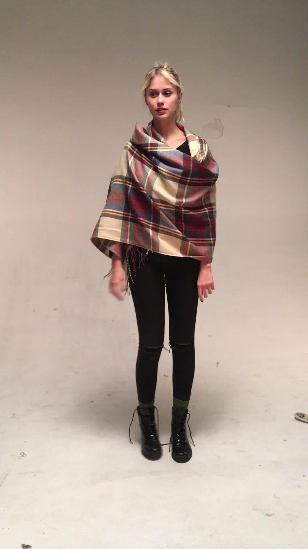 New Winter Warm Women Pashmina Shawl scarf  popular design oblong cotton scarf wrinkle hijab scarf with tassel