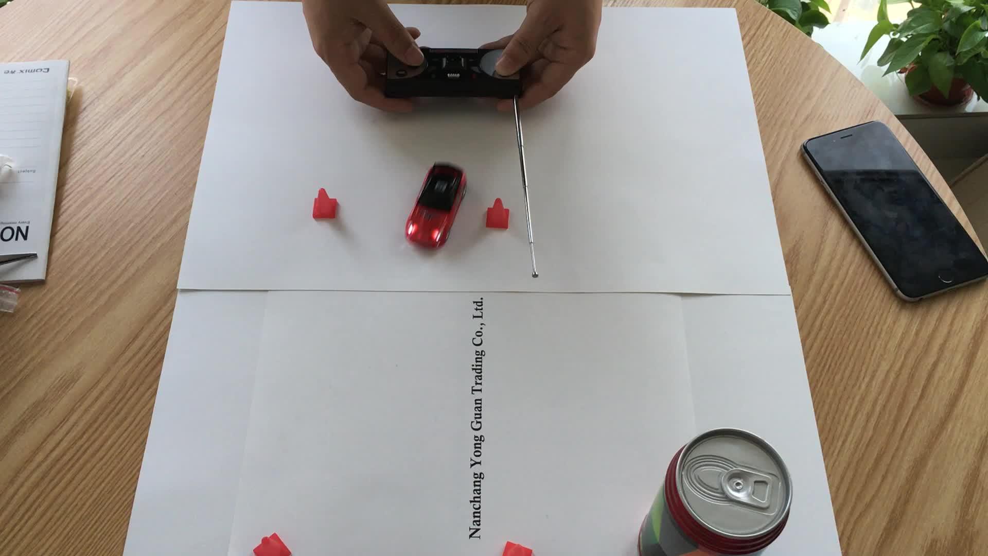 Coke Dapatkah RC Mobil Mini Remote Control Mobil Balap Pintu Bayi Mainan Listrik Radio Controlled Mainan Kit Dengan Cahaya