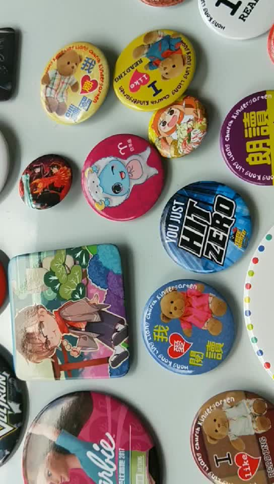 pharmaceutical promotional gifts hand made button badges