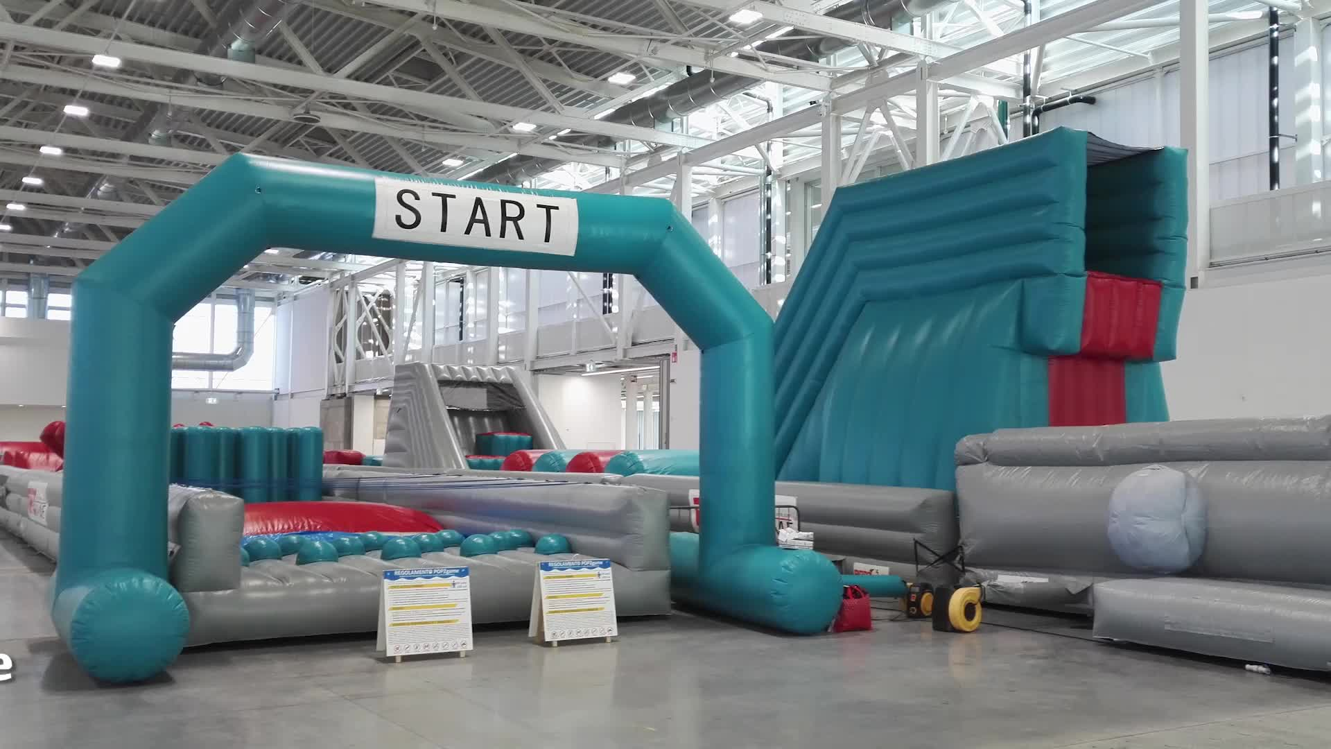 Customized Kids Train Inflatable Jumping Obstacle Course Equipment