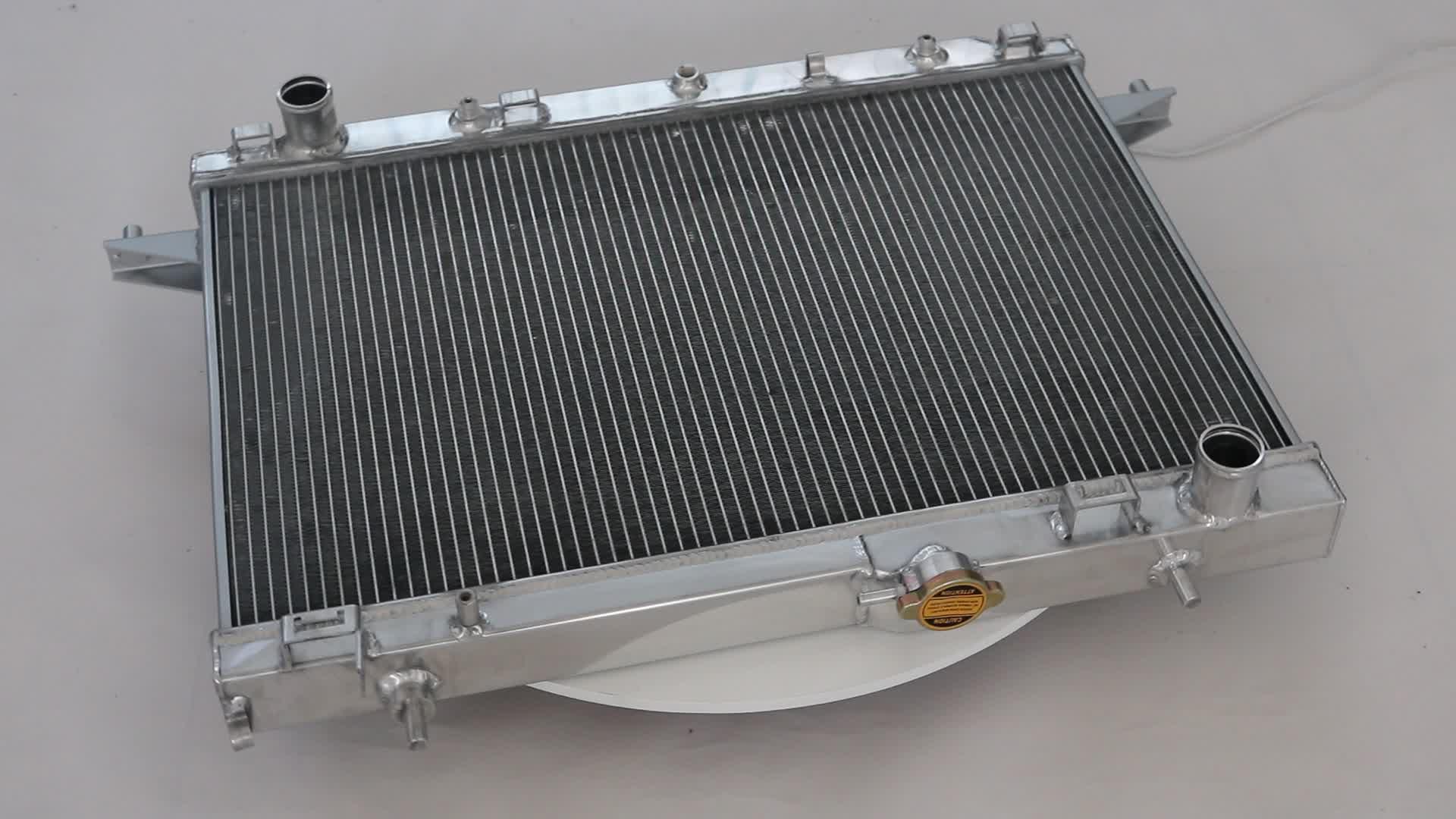 фото автомобильных радиаторов этой