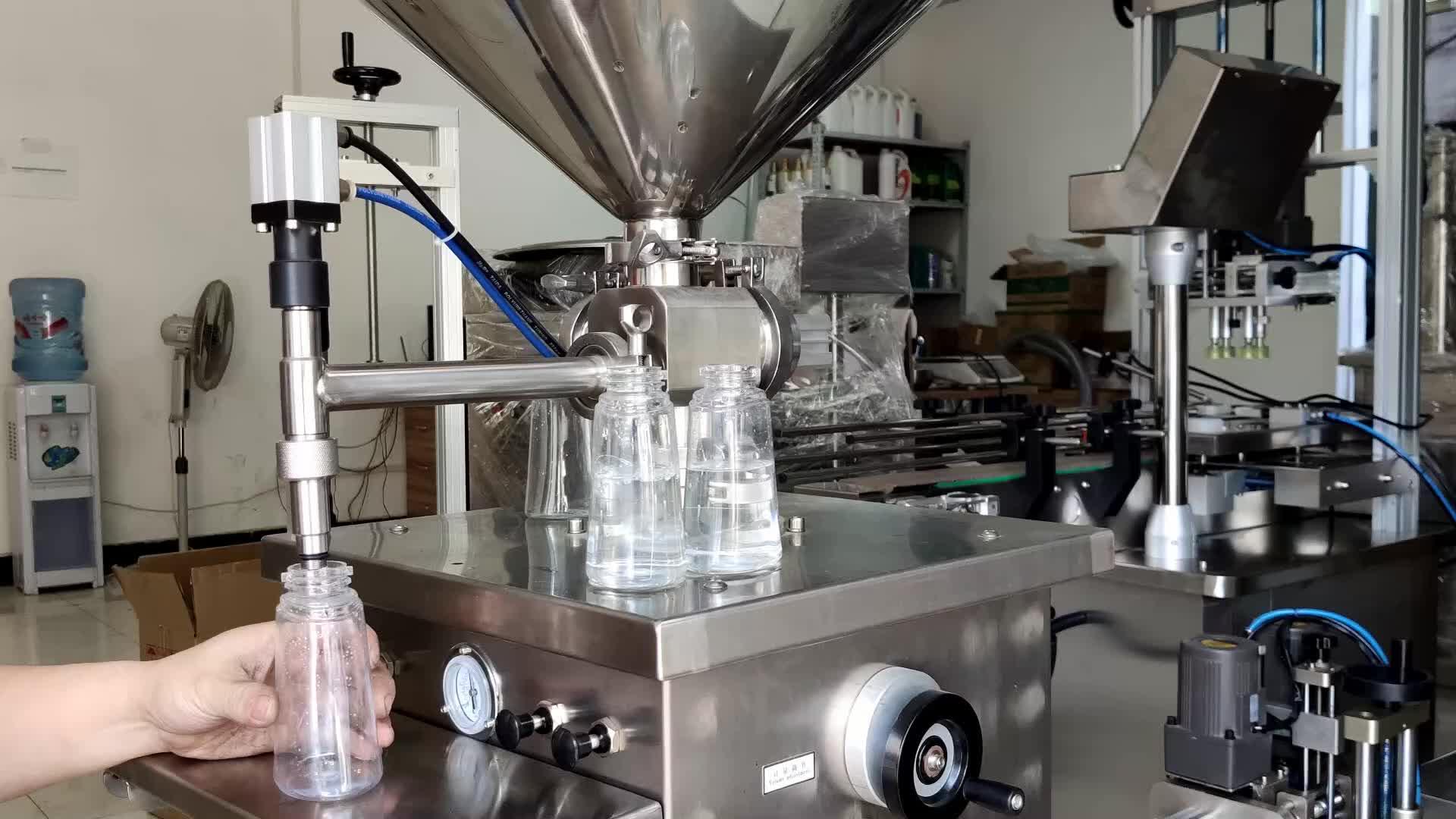 Hand Gereinigtes Wasser Flasche Öl Spülmittel Füllung Kolben Füllstoff Maschine Preis