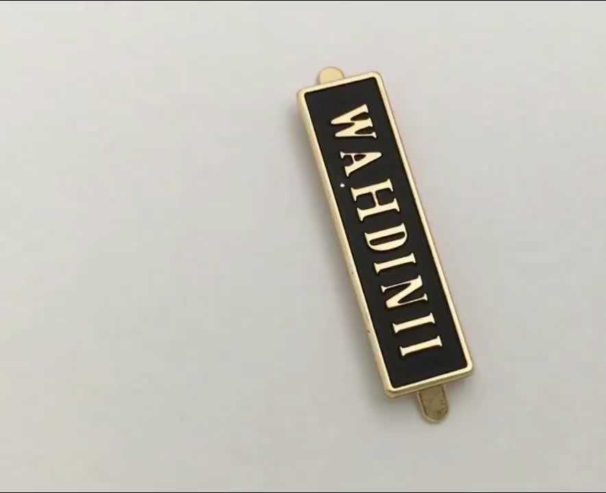 Custom Handbag Hardware Metal Embossed Logo Metal Label for Handbag, Gold Color with Black Background Metal Name Plate^