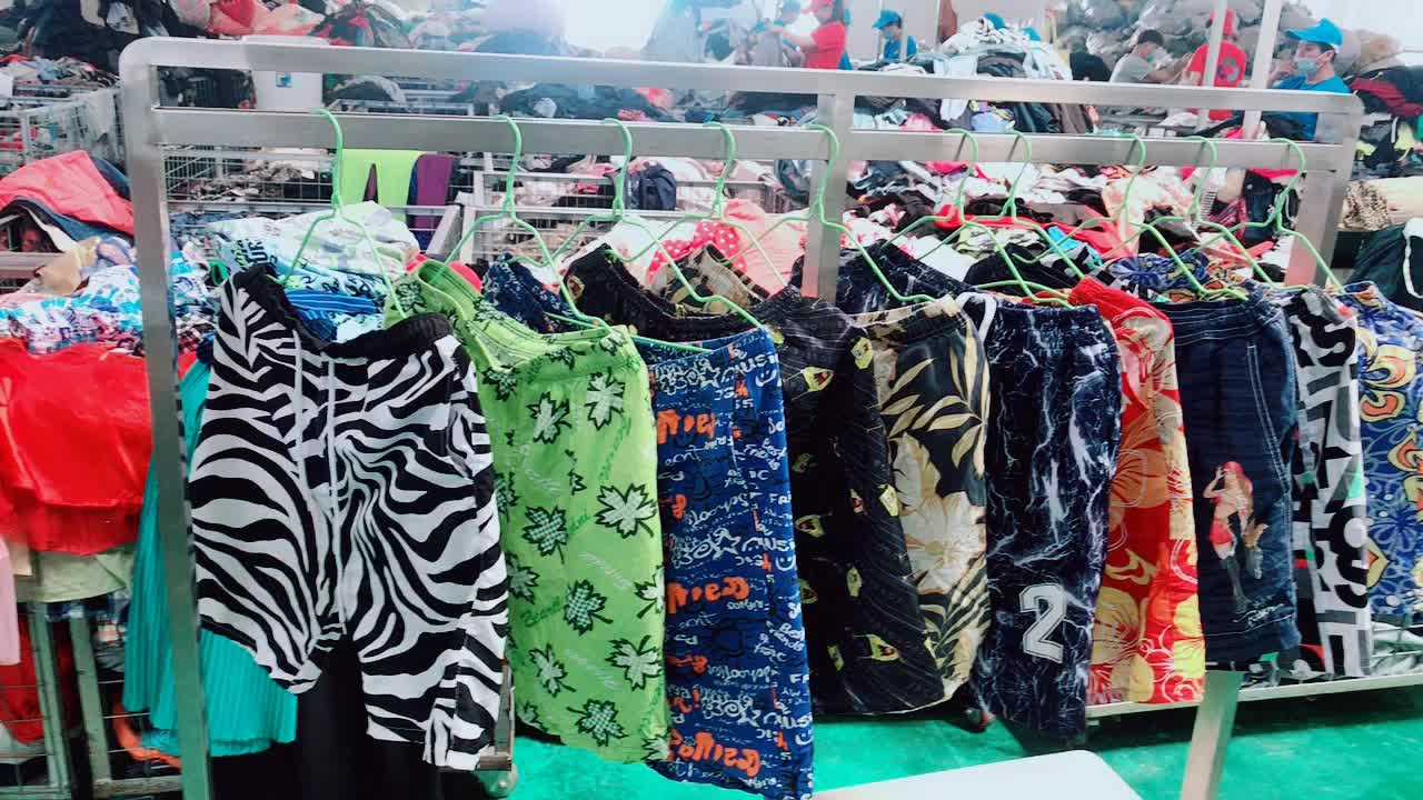 wholesale hot sale In UK Import Small Bales Used Clothes Second Hand top quality Swimwear