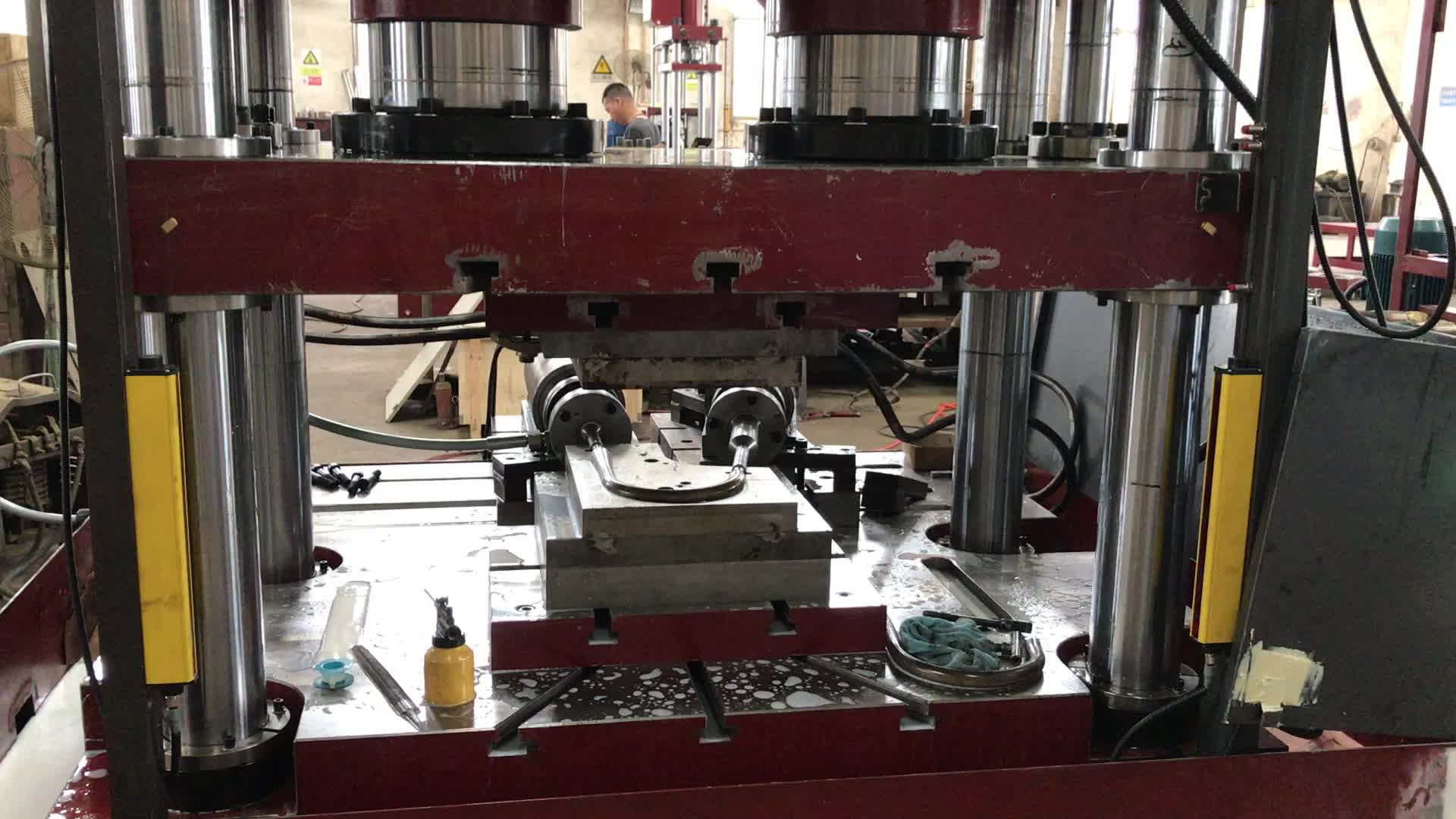 Y98S CNC Servo Hydraulic Bulging High Speed Machine