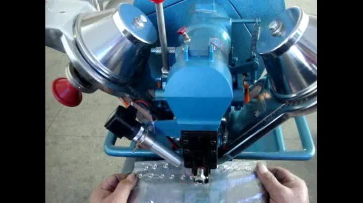 Tam Otomatik Yapış Çakma Makinesi Snap Düğmesi Perçinleme Makinesi fabrika doğrudan satış