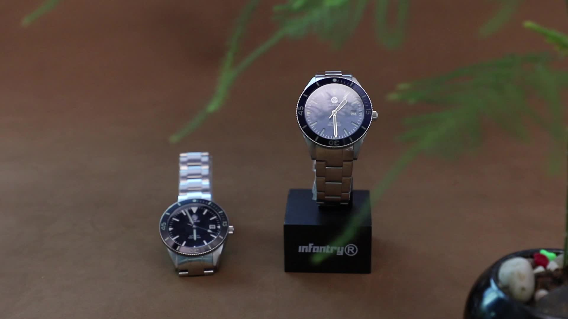 Mechanical watch, diver watch automatic