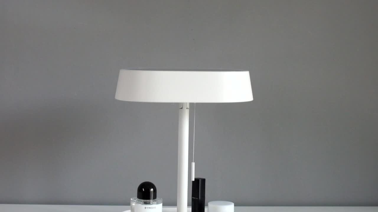Diseño Simple ajustable lámpara Rosa mesa de espejo de maquillaje con luz