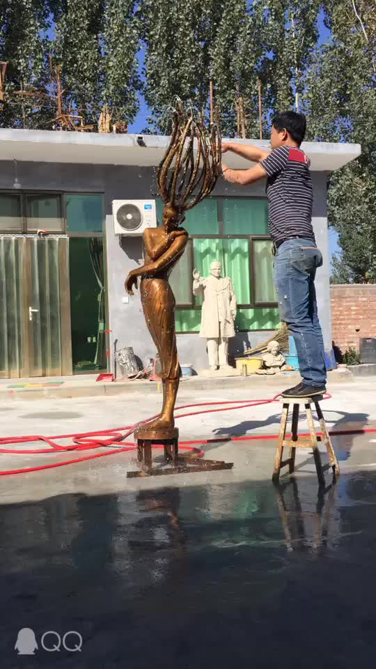 Life size metal casting classic design outdoor ornament graceful lady statue bronze water fountain for sale