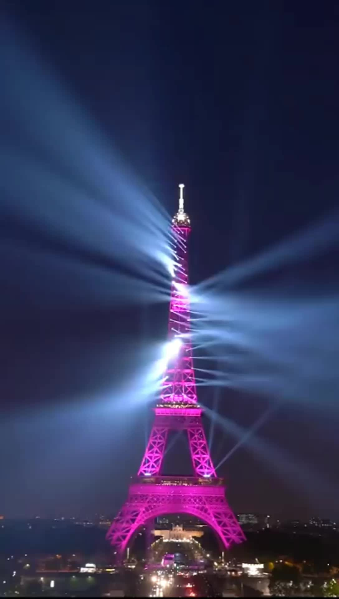 32m Famous building sculpture Eiffel Tower with LED lighting show to Pakistan and Israel