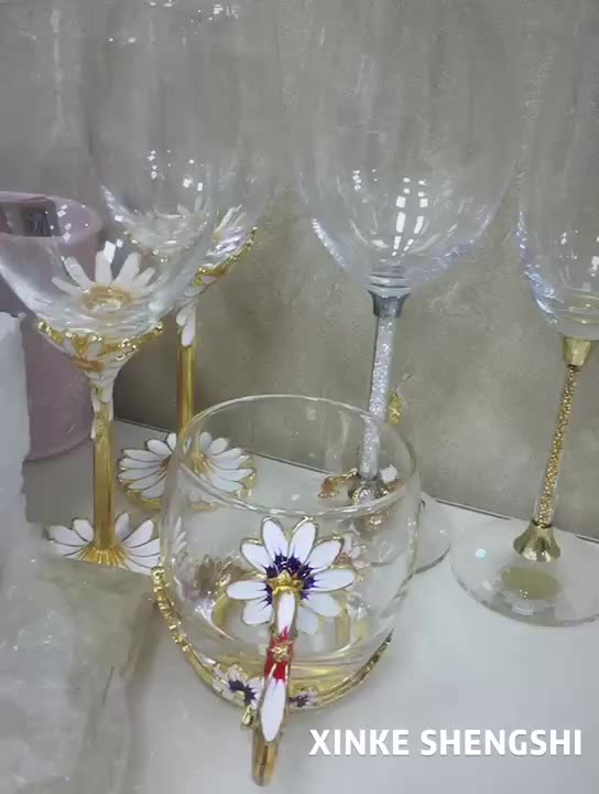 Wedding Decoration Durable Crystal Wine Glass Cup Box Set With Gold Diamond Stem