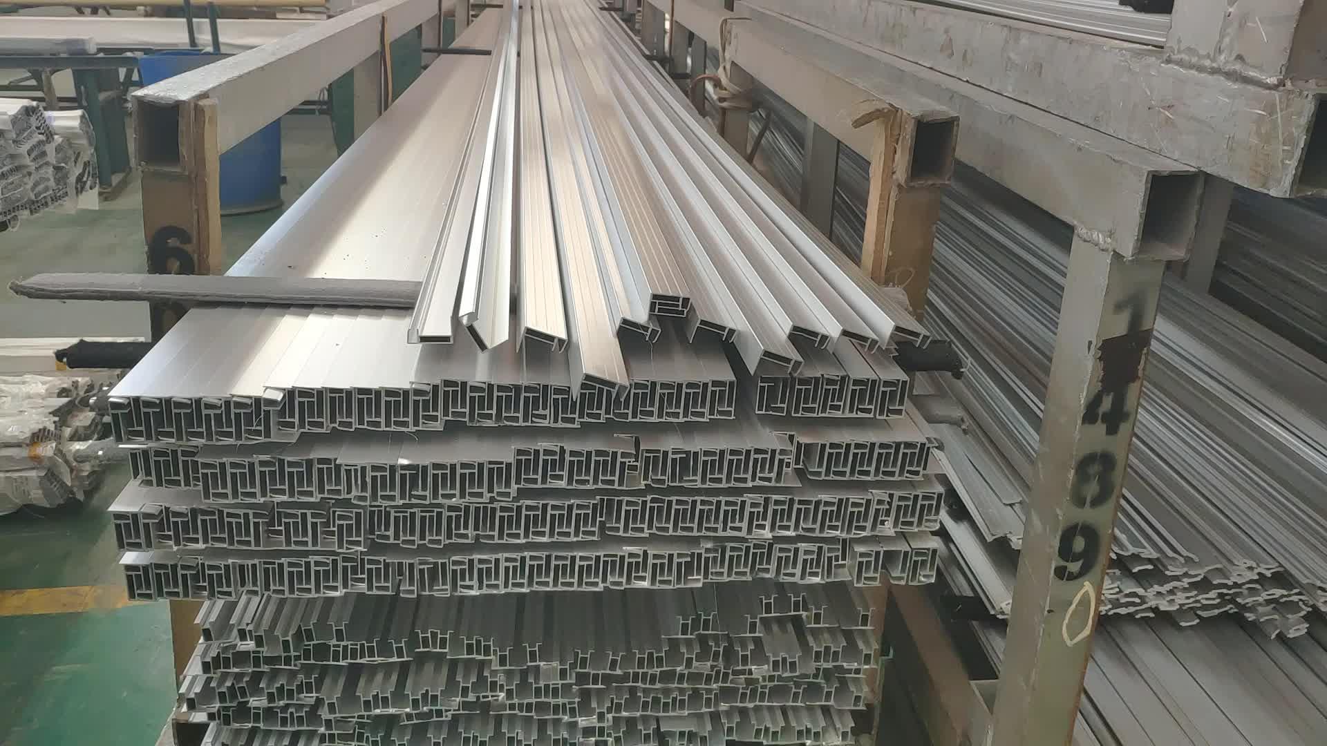ว้าว!!เฟอร์นิเจอร์อลูมิเนียมรายละเอียดโรงงานOEM,ครัวอลูมิเนียมรายละเอียดจับผู้ผลิต,ท่ออลูมิเนียมสำหรับตู้เสื้อผ้าประตู