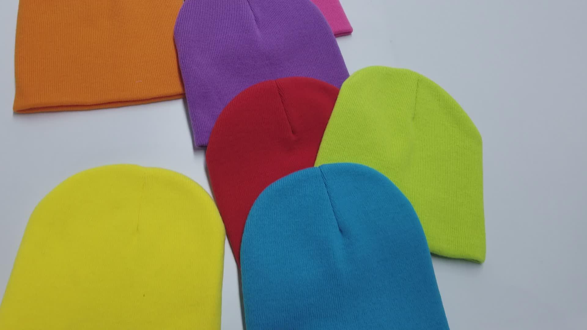 ホット販売ファッションユニセックス女性男性スポーツ冬ニット帽子カスタム帽子無地ビーニー帽子