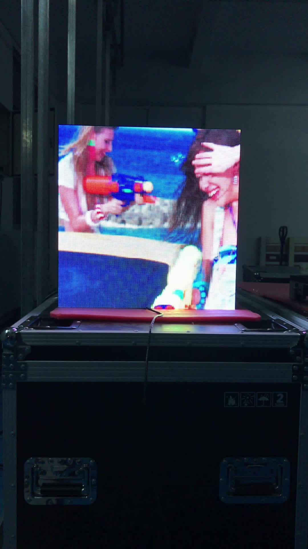 Tv Lcd a led del pannello dello schermo di tocco di HD interni display a led da parete montato p2 p3 p4 p5 interni parete video a led