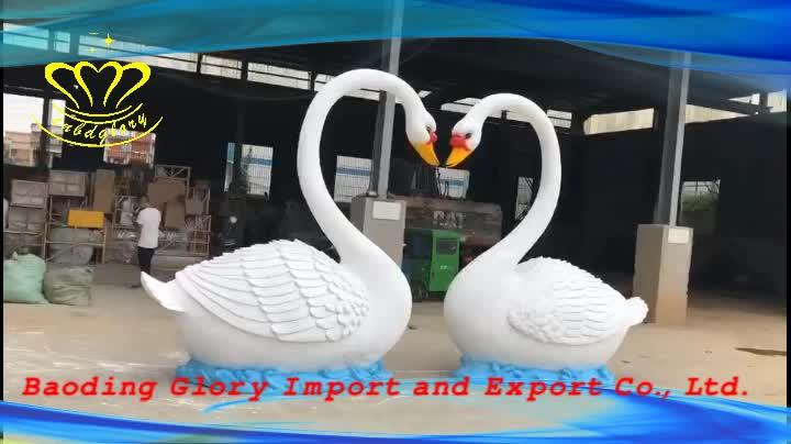 Amusement Park Farm Ornament Products Fiberglass Resin Goose Sculpture
