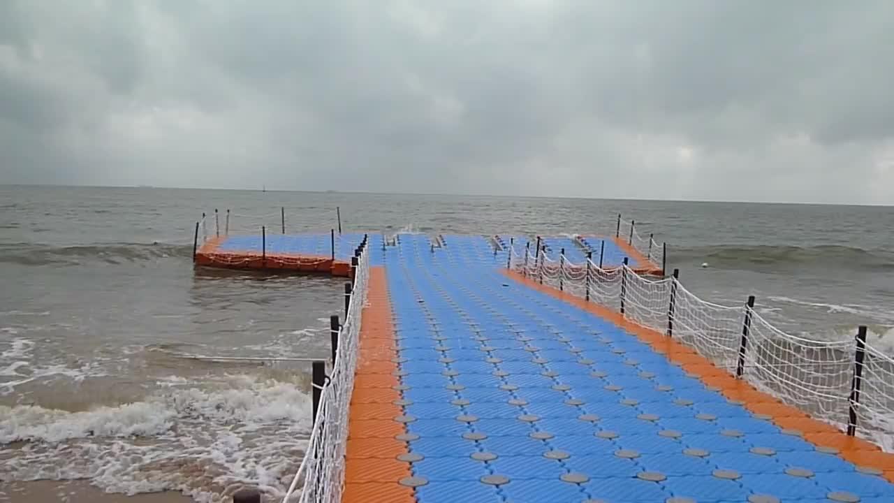 Vanace plastic deck platform floating pontoon with pile guide