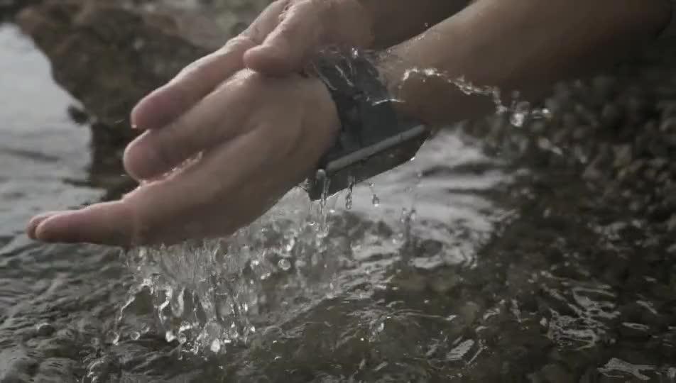 2.86 Inch Layar Sentuh Tahan Air IP67 4G MTK6739 GPS Android Smart Watch Ponsel