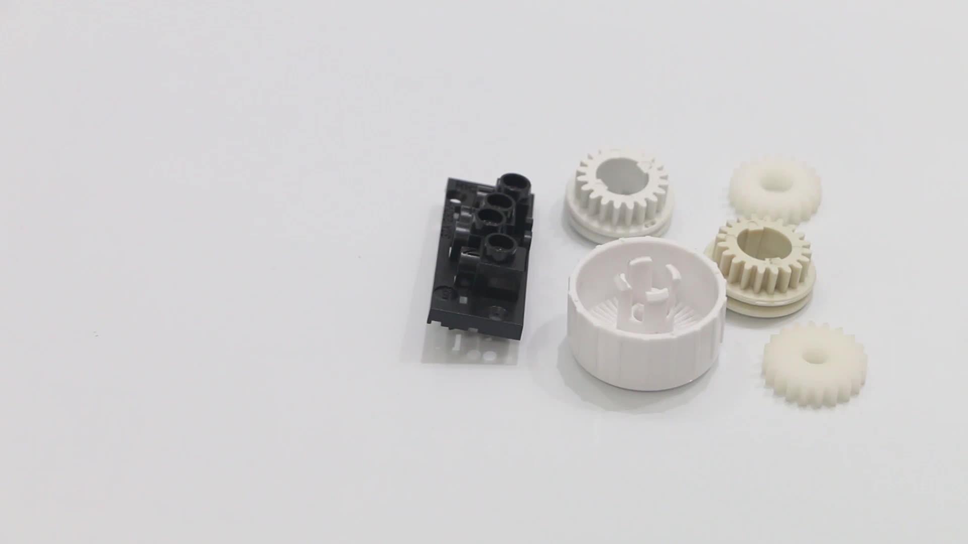Cetakan Injeksi Kustom Perlengkapan Plastik Kecil untuk Mainan