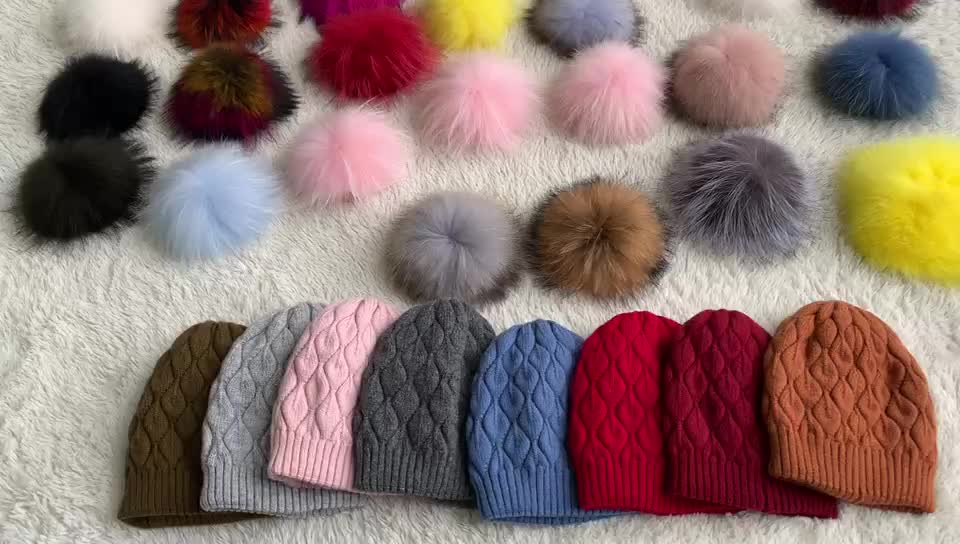 Ladies Real Raccoon Fur Pom Pom Hat Custom Wholesale Slouch Beanie Cup Hat Women Winter Knitted Beanie Hat