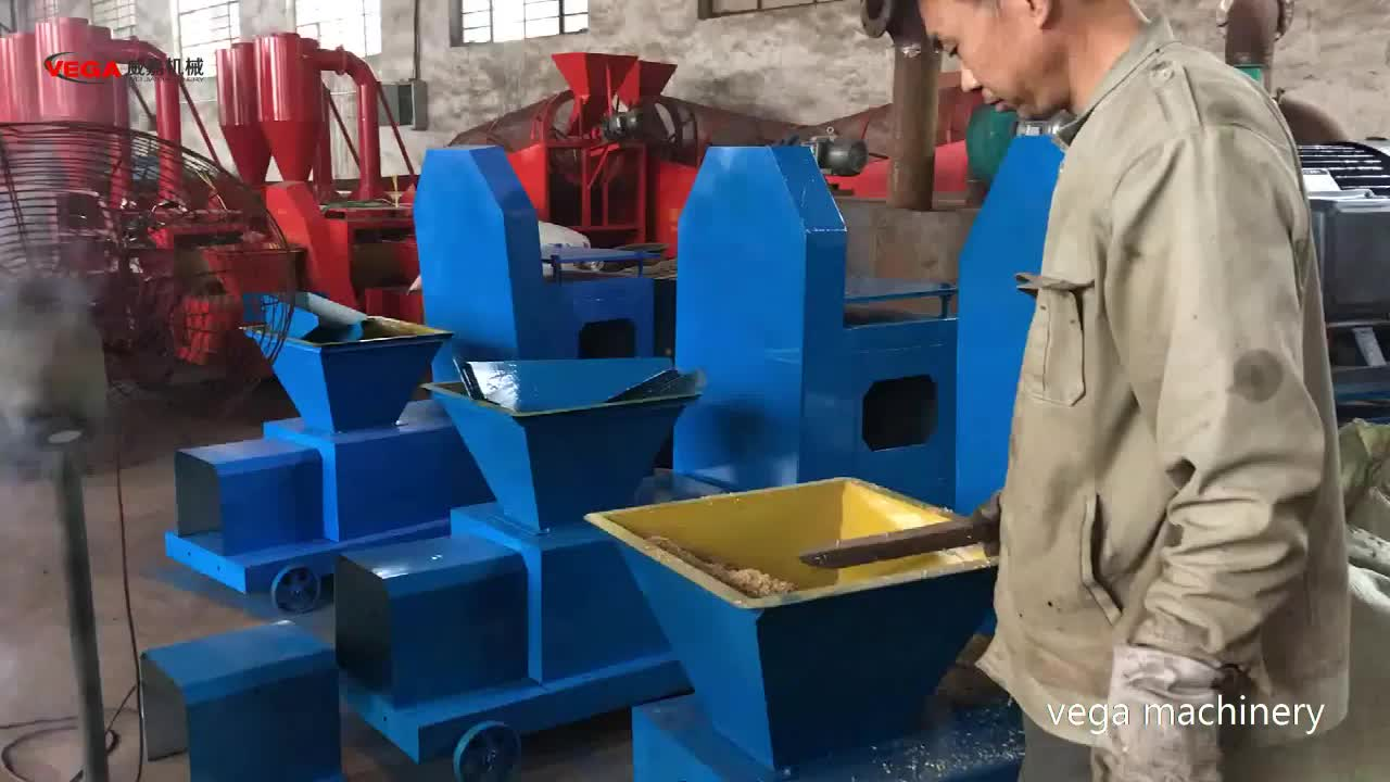 2018 Super September top quality biomass sawdust wood briquette making machine price