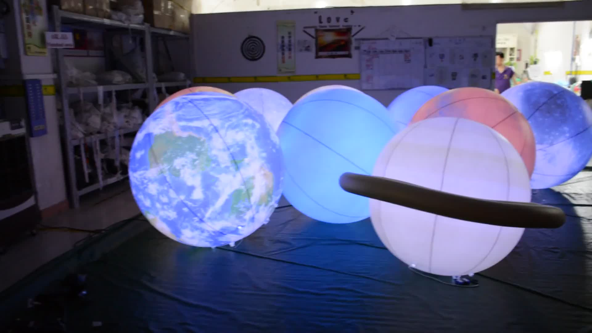 Factory Price Inflatable Solar System Planets Custom Inflatable LED Planet Balloon For Event