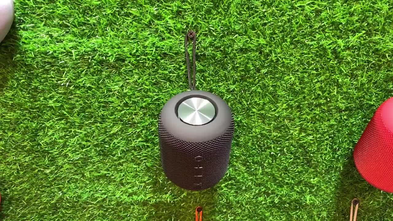 Kabelloser wiederaufladbarer Bluetooth-Lautsprecher Premium Stereo-Wasserdichter Duschlautsprecher 16 W mit verbessertem Bass-Aux-Port USB-Aufladung