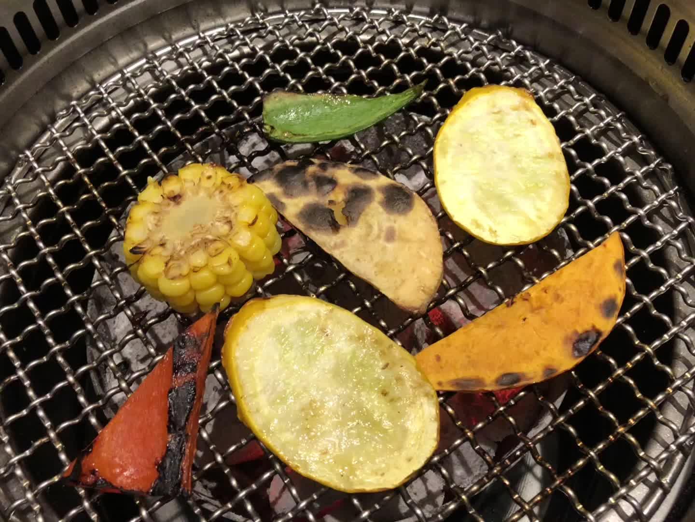 304 स्टेनलेस स्टील इनडोर बारबेक्यू ग्रिल लकड़ी का कोयला आउटडोर BBQ ग्रिल, तार जाल बेकिंग ट्रे, BBQ ग्रिल जाल