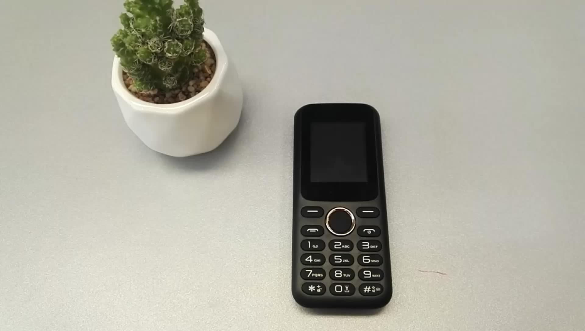 Custom voice changer Alta Del Volume Del Suono Funzione di 2G Del Telefono Lungo Tempo di Stand-By GSM Cellulare