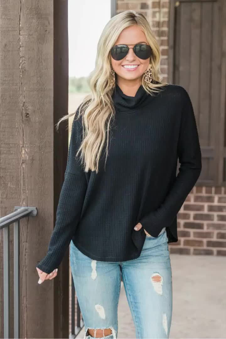 Factory Price Turtleneck Batwing Sleeve Autumn Knitted Polyester Women Sweater