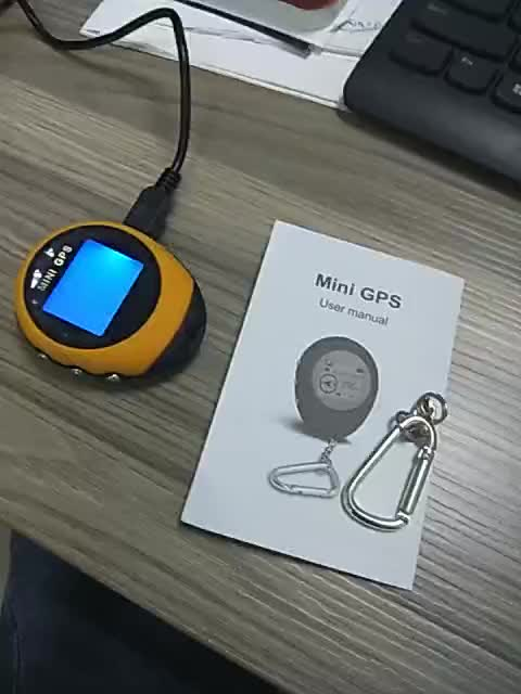 Wholesale usb battery keychain mini gps compass pg03 receiver location finder for outdoor climbing