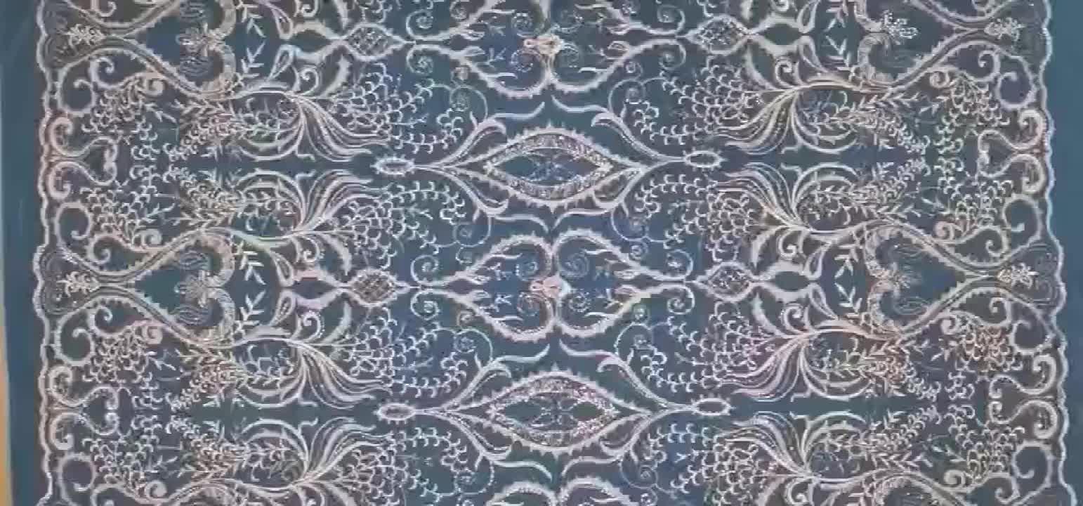 موضة جديدة الترتر الدانتيل والتطريز شبكة نسيج لفستان الزفاف