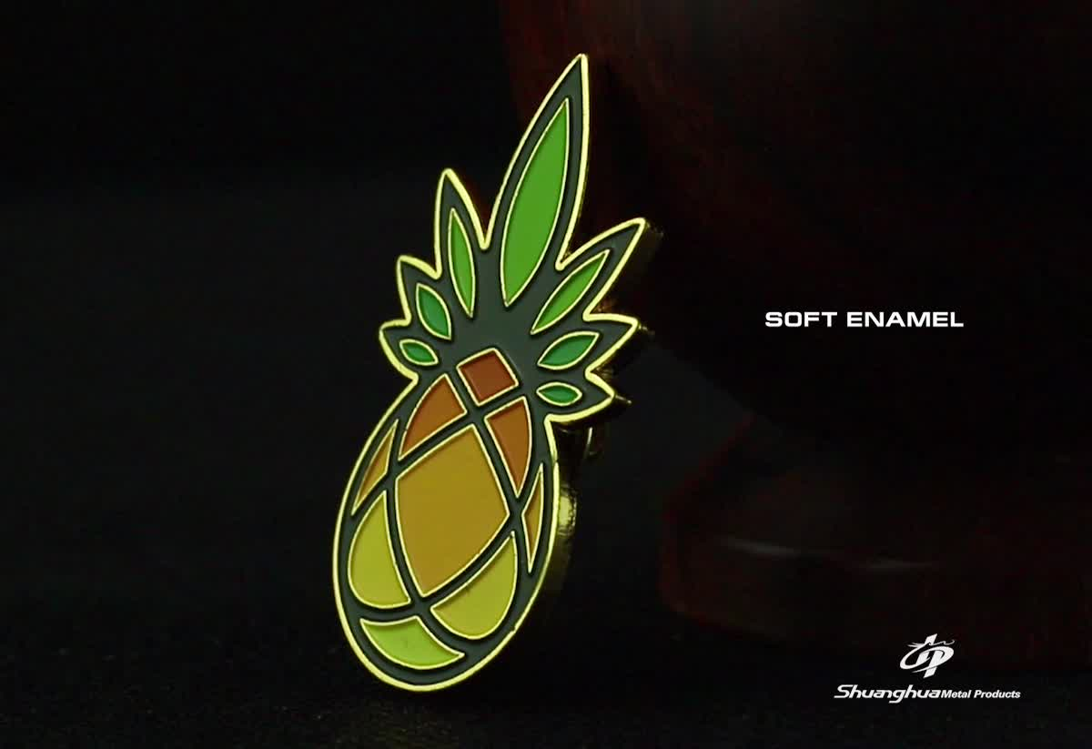 Promotional gift custom soft enamel pineapple lapel pin with butterfly pin