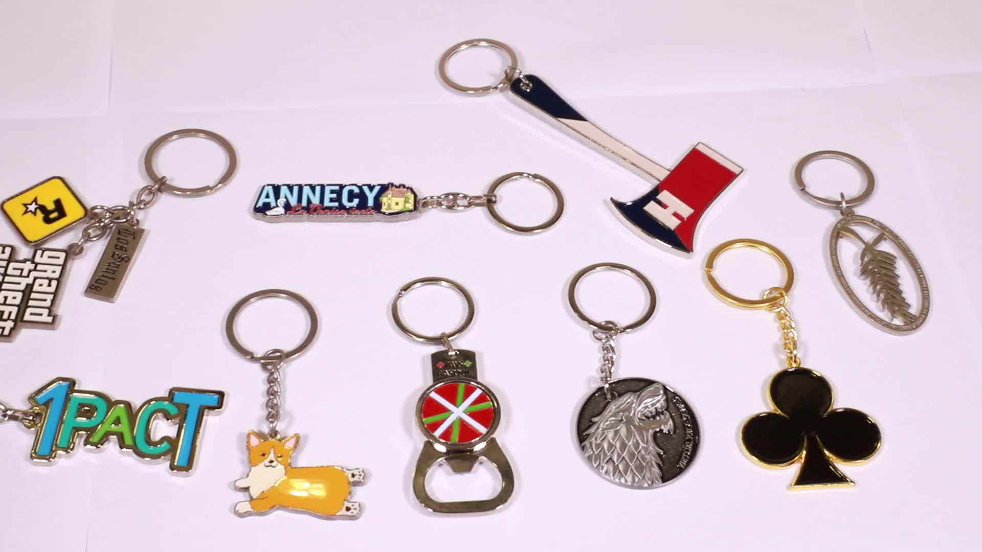 Custom design metal eiffel tower keychain
