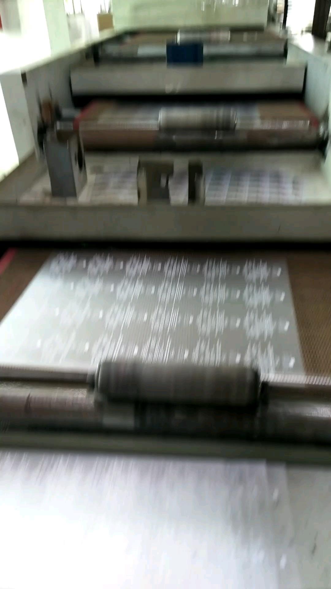 Bleche mit Plastisol bedruckte Etiketten mit Wärmeübertragung auf das Kleidungsstück
