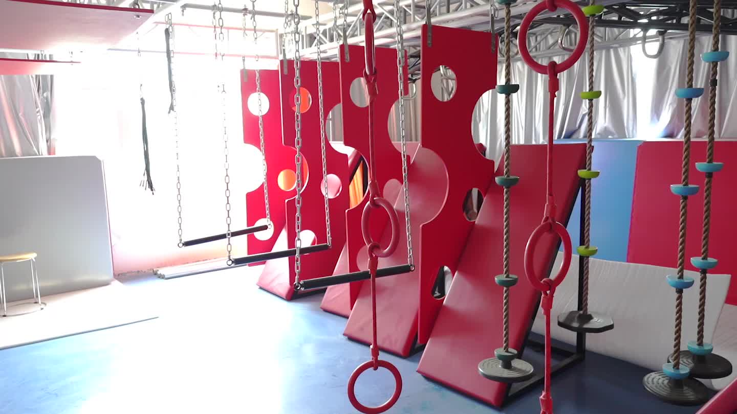 New design 1600sqm size adults multifunction foam cube wall climbing trampoline ninja warrior courses play center park for sale