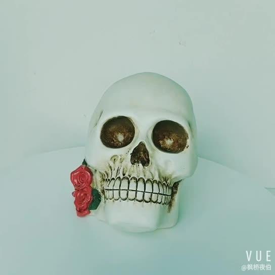 7.5 InchTabletop Decor Resin White Skull Heads Decor with Rose