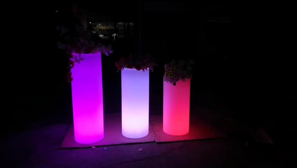 สวนกลางแจ้งหม้อดอกไม้ LED กลางแจ้ง planters ขายส่งขนาดใหญ่สว่างพลาสติก LED กระถางดอกไม้ Stand