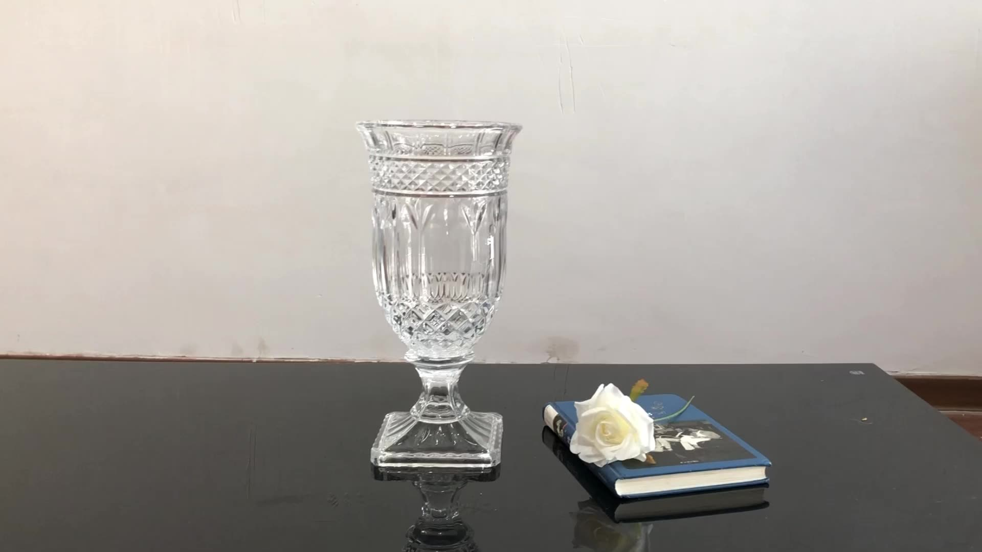 Factory wholesale wedding home decoration crystal glass  flower vases for weddings