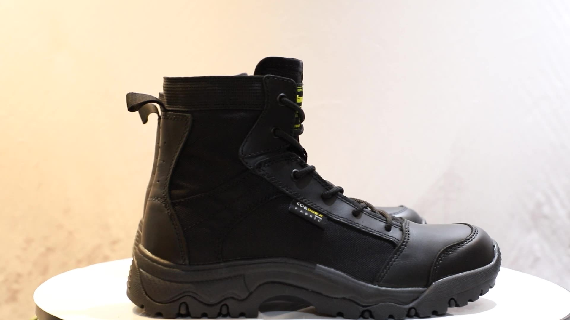 Guangzhou factory hot sale black leather outdoor jean working shoes jean boots