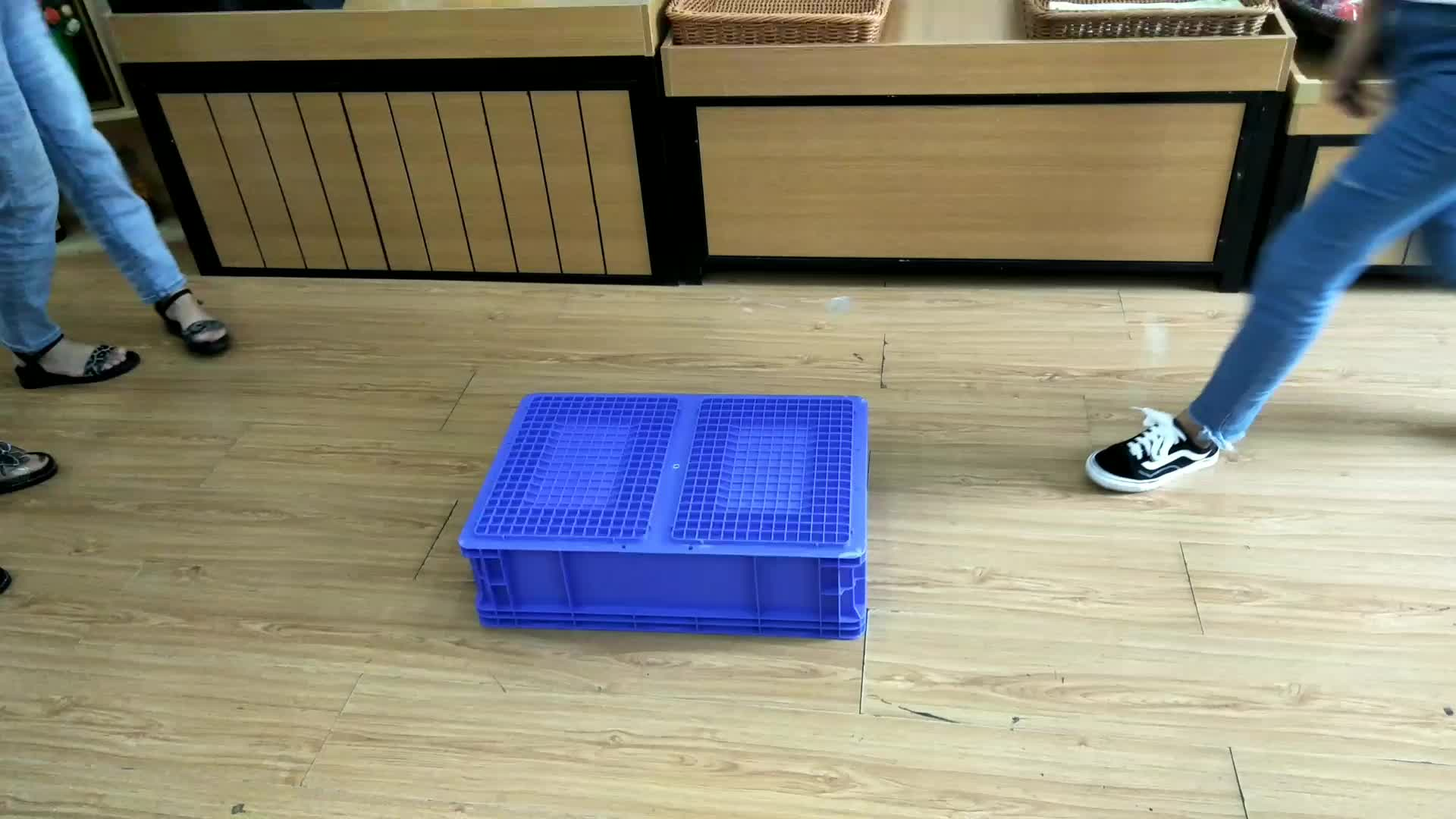 nestable stackable heavy duty mesh type plastic crate for goods storage
