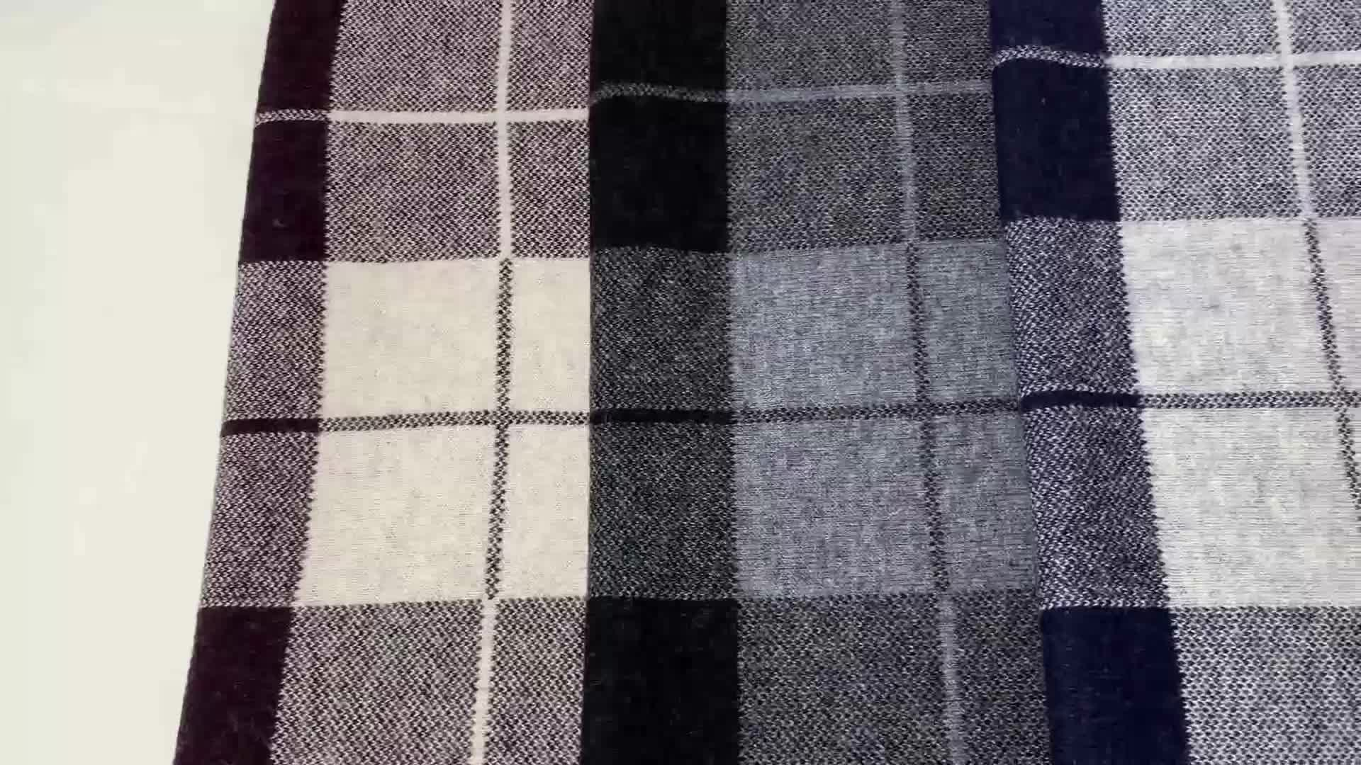 Factory direct long scarf 100% wool fashion checked shawl