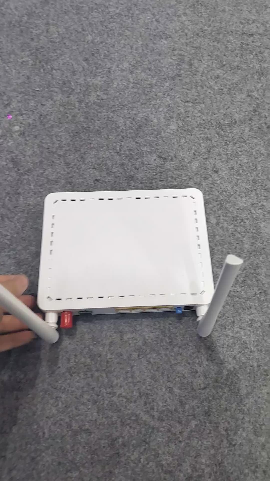 The newest 1ge wifi gepon onu zte port + 2 antennal 300m epon device 1fe+wifi