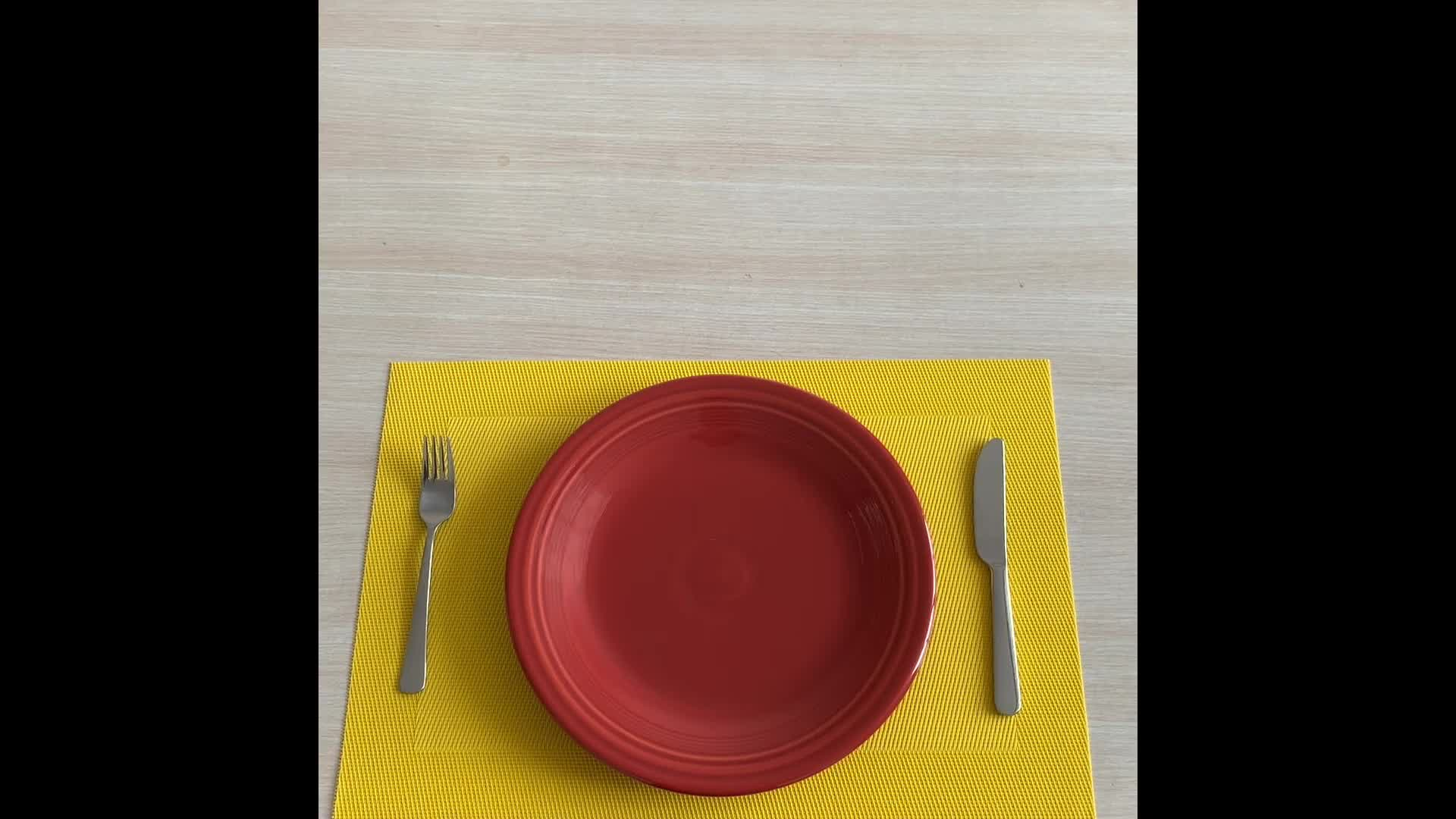 Wholesale high quality table placemats custom woven pvc placemats