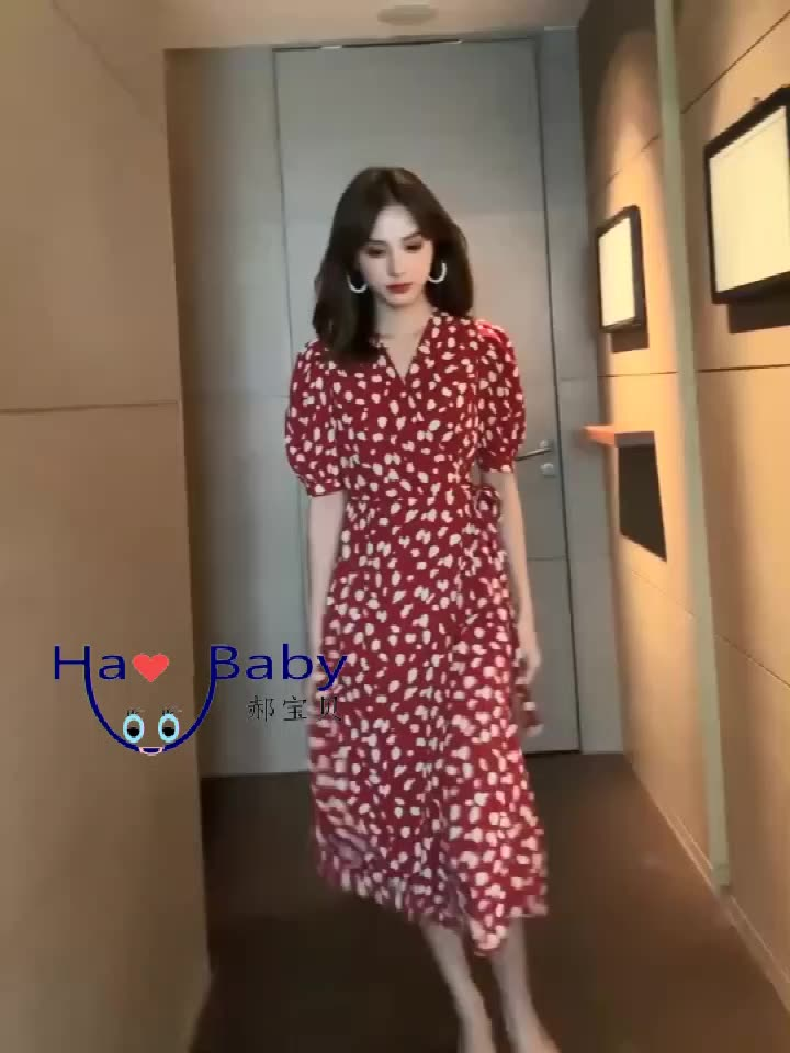 2020 Summer New Retro Floral Bellflower Skirt Temperament V-neck Waist Red Chiffon Dress