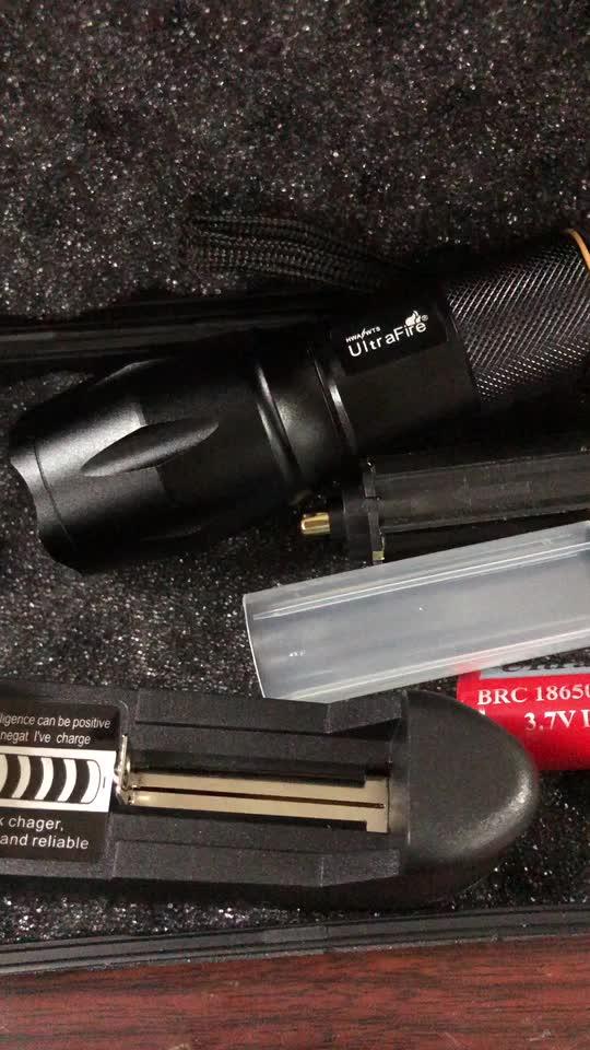 2018 UltraFire brillante XML T6 linterna LED 5 modos de 2500 lúmenes Zoomable LED Torch 1000m de largo alcance linterna led