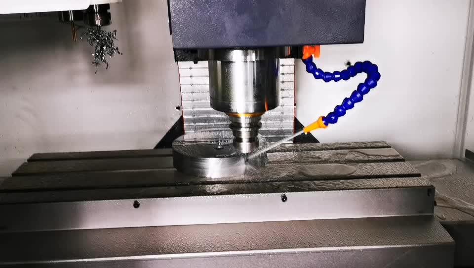 XK7126 guias lineares de precisão metal fresadora CNC com CE