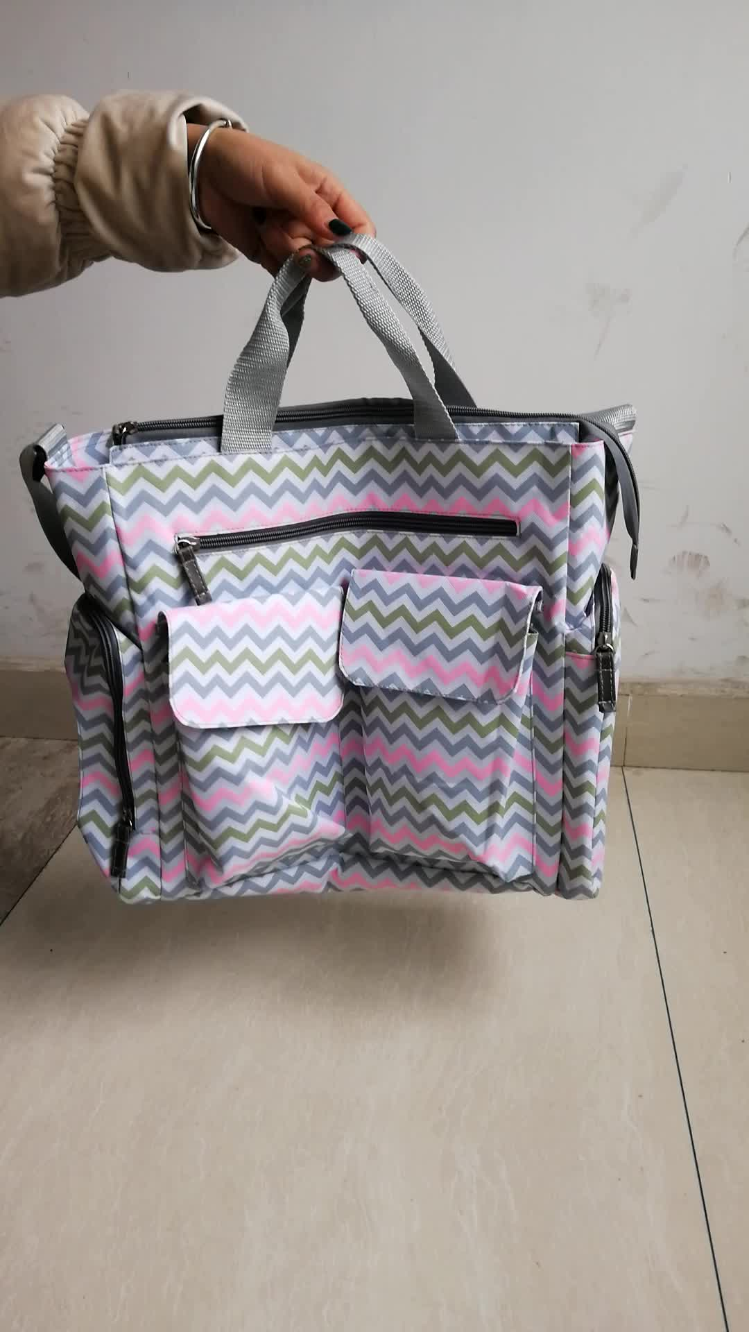 Fashion Zipper Closure Many Pockets Baby Diaper Bag For Mother