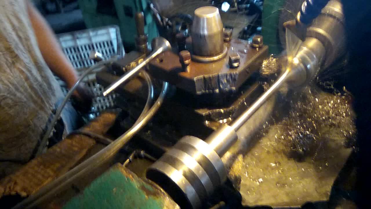 generator diesel engine parts intake exhaust engine valves for Deutz  Diesel engine 912 913 914 413 513 1013 1015 2011 1011 2012
