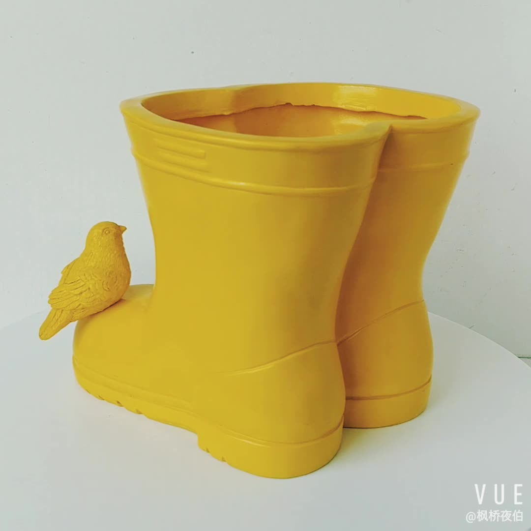 Wholesales Garden Planter Resin Rain Boots  Flower Pot for Garden Decoration