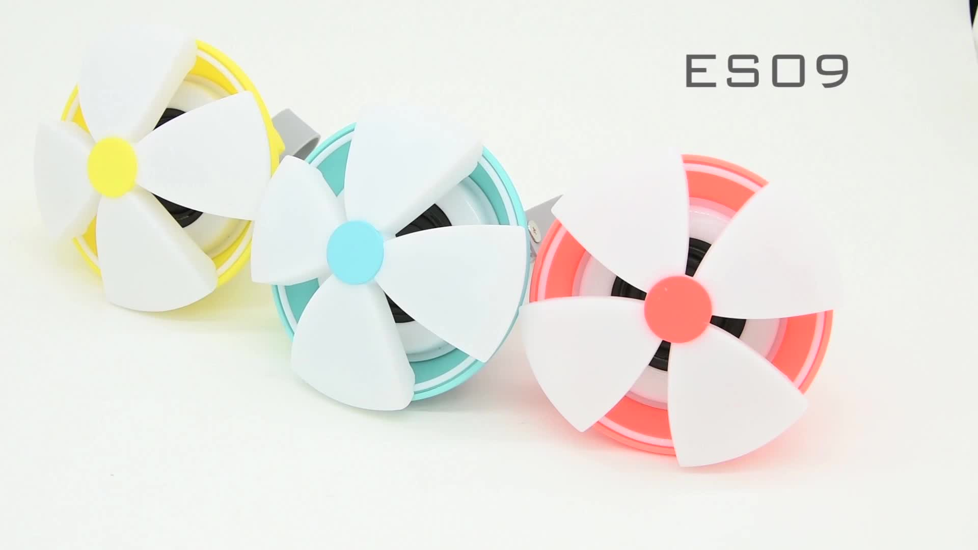 Eson Style 7 LED Light RGB lamp Shinny flower pretty IPX4 Waterproof Bluetooth outdoor Carabiner Wireless Speaker
